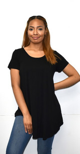 1602 Black Piko Top