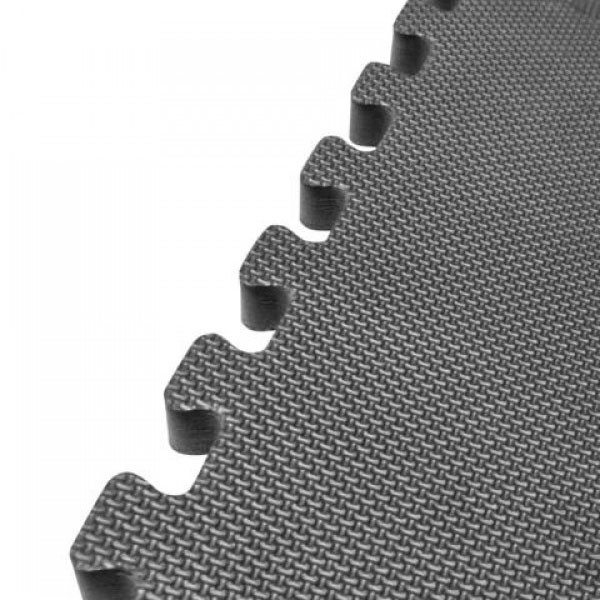 High Impact Flooring Marcy MAT-20 has jagged ends to easily change the layout of the mats
