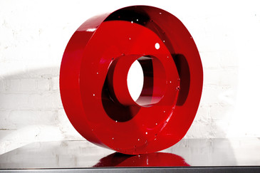 """SOLD - JUMBO VINTAGE CHANNEL LETTER """"O"""" IN RED"""