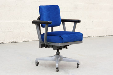 SOLD - 1960s Steelcase Steno Chair, Refinished