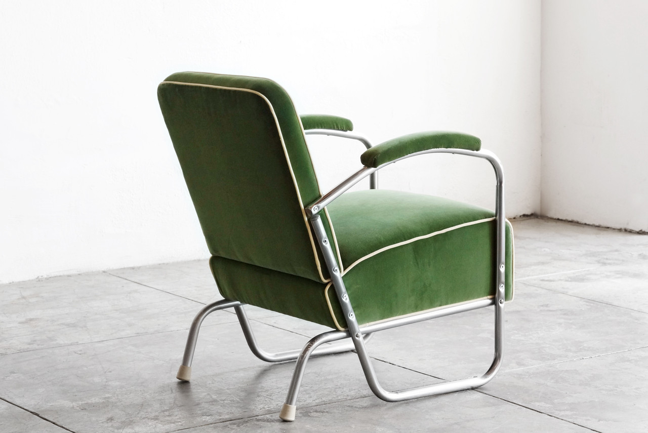 Exceptionnel SOLD   1930s Art Deco Club Chair In Kelly Green