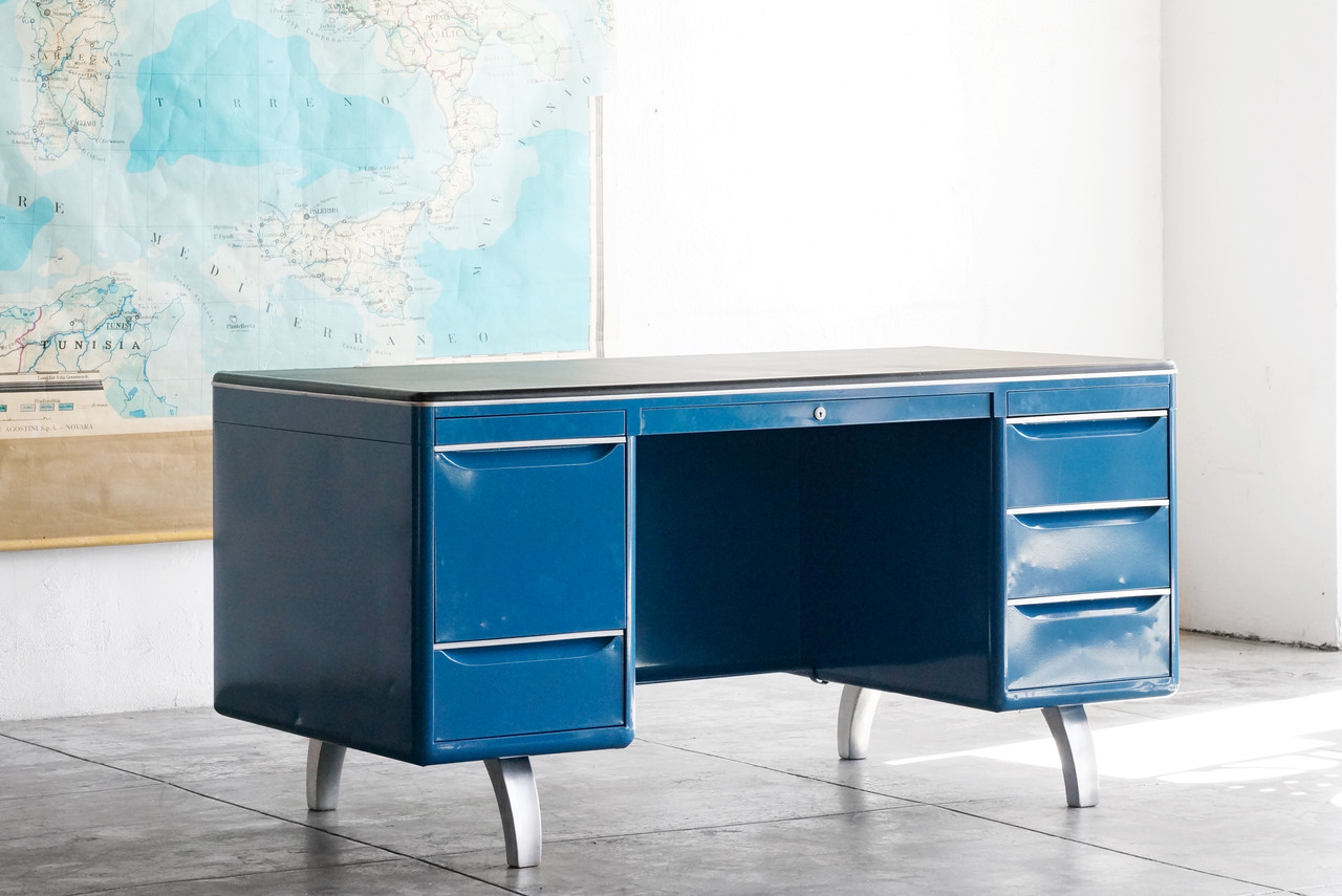 Sold Double Pedestal Mode Maker Desk By Raymond Loewy For Gf