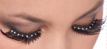 /black-eyelashes-with-crystal-gems/