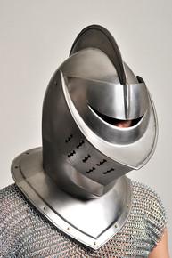 /closed-face-knight-helmet-armor/