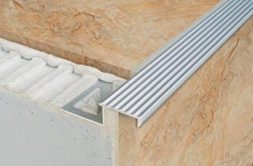 Non Slip Grooved Tread Stair Edge Step Nosing For Tiles  2.5m