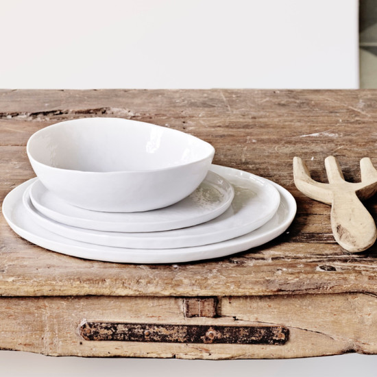 The white tableware collection