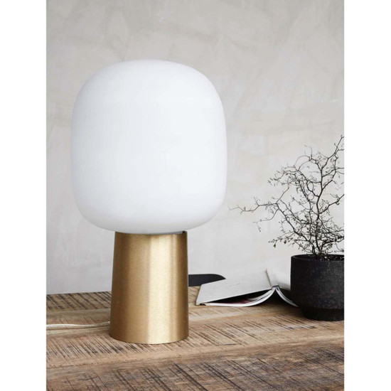 TABLE LAMP, Note, Brass / White by House Doctor