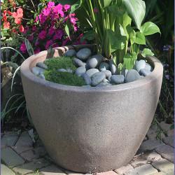 Anamese Pond Pot