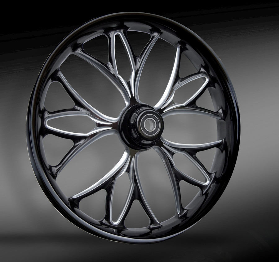 2018 KORE wheel shown in the Eclipse (black and machined) finish.