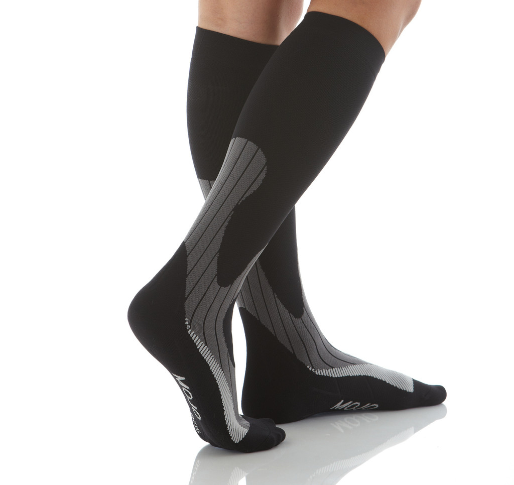 compression socks for winter sports