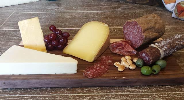 Door County Cheese and Meat Market