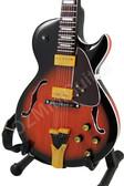 Miniature Guitar George Benson Signature Sunburst GB10