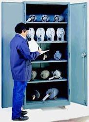 1114 Lyon Heavy Duty Storage Cabinet Full Height