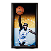 MICHAEL JORDAN Autogragphed UNC Breaking Through UDA