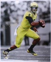 "MARCUS MARIOTA Signed LE Oregon 20 x 24 Photo Inscribed ""Heisman '14""  STEINER COA LE 14"