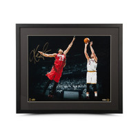 """KEVIN LOVE Autographed """"Corner Jumper"""" 16 x 20 Framed Photo UDA"""