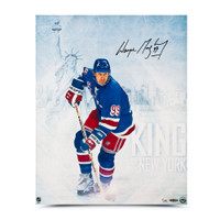 WAYNE GRETZKY Autographed King of New York 16 x 20 Photo UDA LE 99