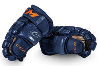 CONNOR McDAVID Edmonton Oilers Autographed 2017 CCM Navy Gloves UDA