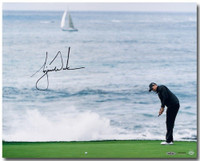 "TIGER WOODS Hand Signed ""Crashing Waves"" 16 x 20 Photograph UDA"