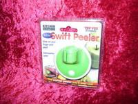 SWIFT PEELER MINI Slide Kitchen Utensil on Finger Peel Vegetables z