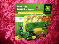 Ertl FARM SET 10 Pc GREEN FENCE HORSES S Scale 1:64 z
