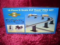 Bachmann 44871 N E-Z TRACK 16 PIECE PIER SET Figure 8 New z