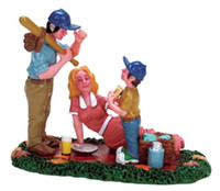Lemax 72407 AFTERNOON PICNIC Figurine Christmas Village Retired O G Scale Figure bcg
