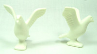 Playmobil 3666 Castle Parts PIGEONS WHITE BIRDS OPEN WINGS (2) Kings Knights bcg