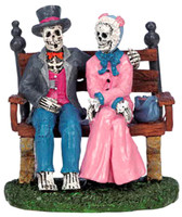 Lemax 62202 EVERLASTING LOVE Spooky Town Figurine Halloween Decor Figure O G bcg