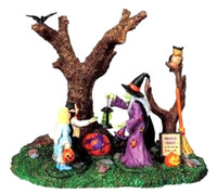 Lemax 93716 BROOM RIDES Spooky Town Table Accent Retired Halloween Decor Piece bcg