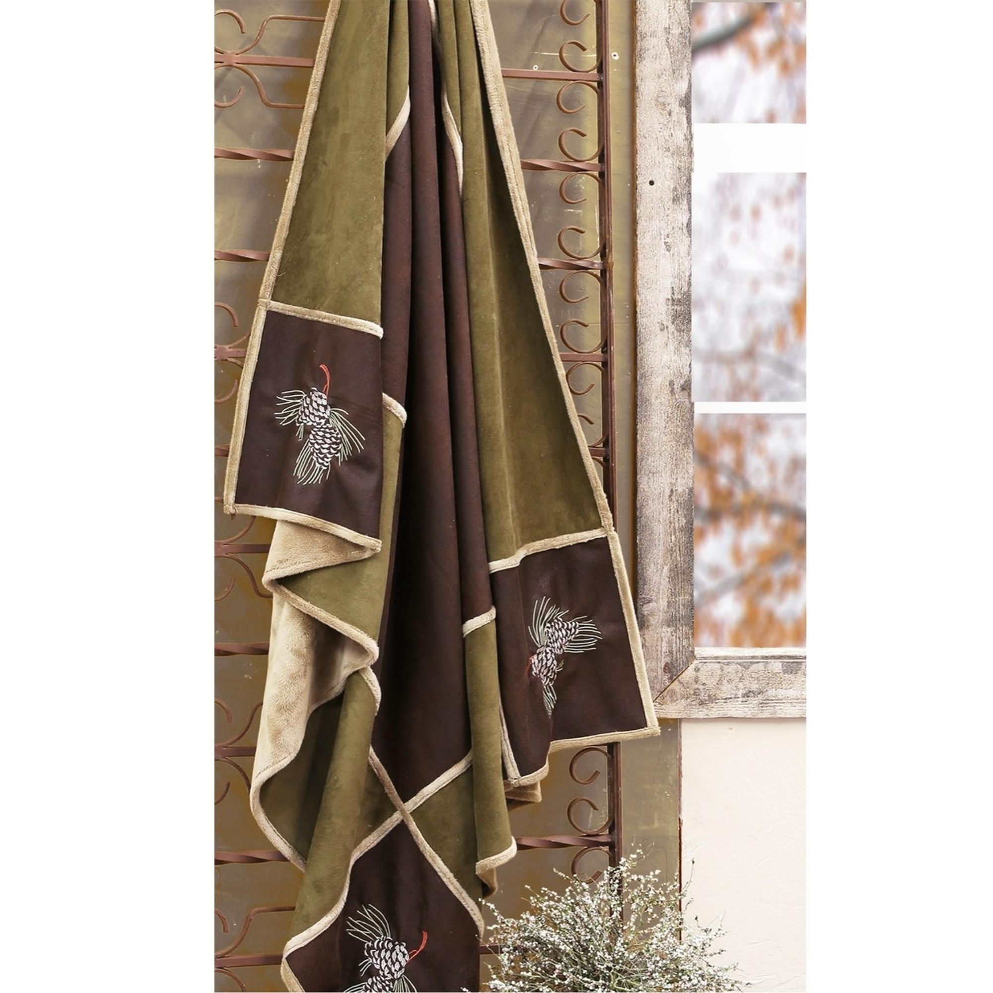 Pine Cone Grid Throw Pine Cone Grid Blanket Carstens