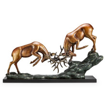 "Deer Sculpture ""Clash of Antlers"" 