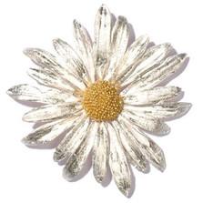 Daisy Pin | Nature Jewelry