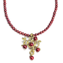 Cranberry Pearl Pendant Necklace   Nature Jewelry