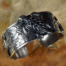 Sea Turtle Antiqued Silver Brass Cuff Bracelet | Nature Jewelry