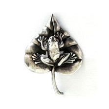Frog on Lily Pad Sterling Silver Pin | Nature Jewelry