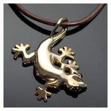 Gecko Bronze Pendant Necklace | Nature Jewelry