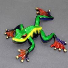 "Frog Sculpture ""Crawler"""