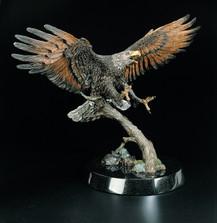 "Eagle Sculpture ""The Creators Messenger"""