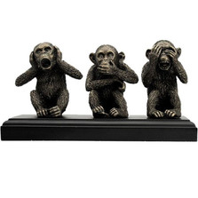 Wise Monkeys Sculpture