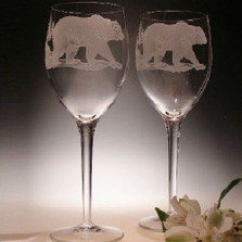 Grizzly Bear 13 oz Crystal Wine Glass Set of 2