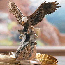 "Eagle Sculpture ""Splash Down"""