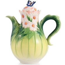 Cosmos and Butterfly Porcelain Teapot | FZ03043