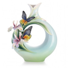 Birdwing Butterfly Porcelain Vase | FZ03277