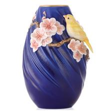 Canary Sculptured Porcelain Vase | FZ03381