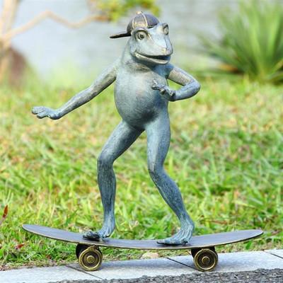 Frog Skateboarding Garden Sculpture | 33812