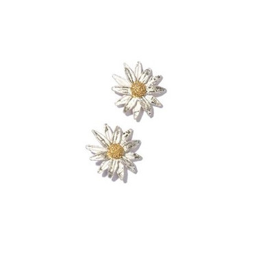 Daisy Pierced Stud Earrings | Nature Jewelry