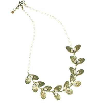 Boxwood Contour Pearl Necklace | Nature Jewelry