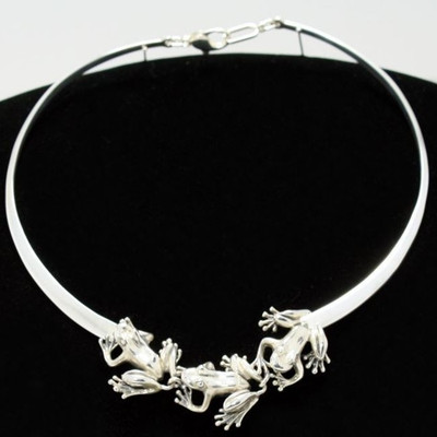 Three Frogs Sterling Silver Collar Necklace | Nature Jewelry