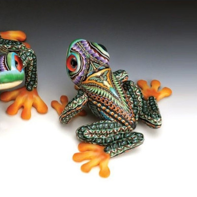 Tree Frog Mama Figurine   FimoCreations   FCFTFM